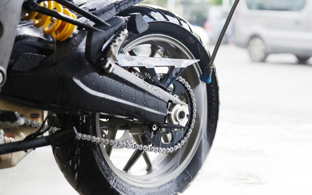 Motorradfelgen richtig reinigen